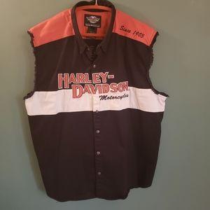 Harley Davidson sleeveless snap up shirt